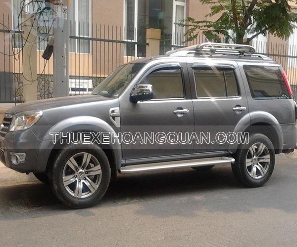 Thue-xe-Ford-Everest-7-cho (7)