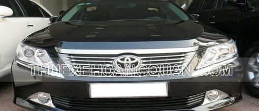 cho-thue-xe-camry-2.5-toyota