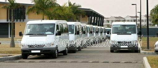 thue-xe-16-cho-mercedes-sprinter-hoang-quan-1