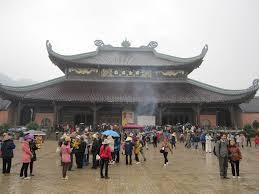 cho thuê xe 29 chỗ đi lễ hội chùa bái đính