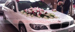 cho-thue-xe-cuoi-BMW-750Li-trang (1)