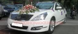 thue-xe-cuoi-Nissan-teana-trang (4)