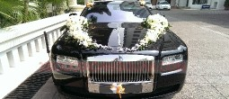 thue-xe-cuoi-roll-royce-ghost (1)