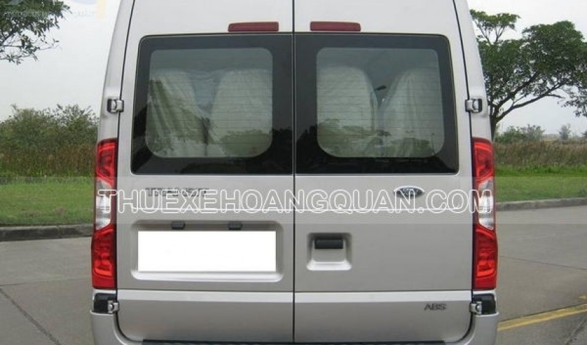 thue-xe-ford-transit-16-cho (10)